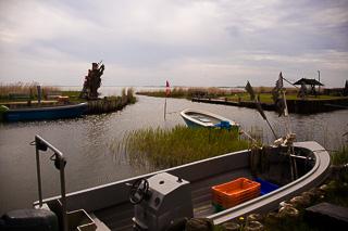 Kleiner Hafen bei Lüttenort am Bodden